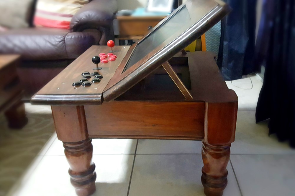 Arcade Coffee Table.Pictures Dingo Systems
